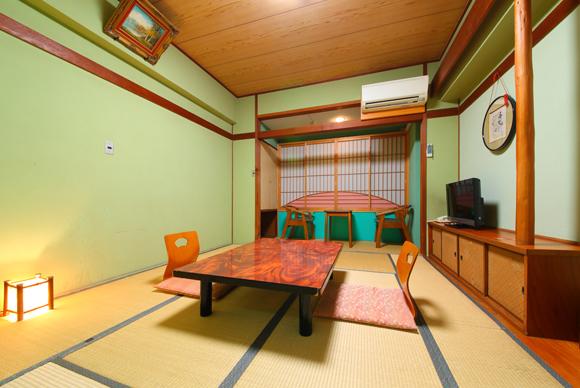 レトロな雰囲気の和室